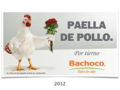Me río más de lo que debería con este cartel, es fantástico!  Paella de pollo.