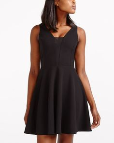 Sleeveless Dress Canadian Clothing, Romantic Dinners, Professional Outfits, Flare Skirt, Night Out, Ready To Wear, Skirts, High Heels, How To Wear