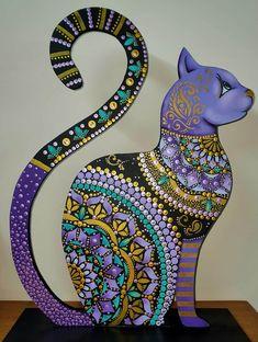 Mandala Painting, Dot Painting, Arte Country, Mandala Rocks, Wine Bottle Crafts, Mosaic Patterns, Whimsical Art, Rock Art, Art Education