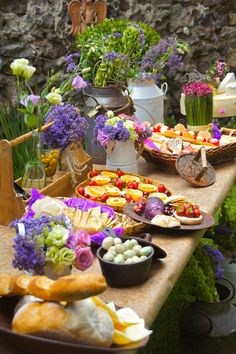 Country cheese table by couturerentals.com.mx