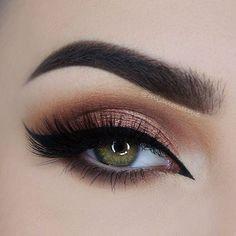 🍑✨ @makeupgeekcosmetics Peach Smoothie, Latte, Mocha, Grandstand (foiled)…