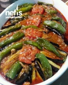 gelsin Happy evening to everyoneMuch appreciation .- gelsin👏 Happy evening to everyoneerk Highly acclaimed recipe Maybe an idea for dinner😊 Chicken Eggplant Kebab - Meat Recipes, Chicken Recipes, Dinner Recipes, Cooking Recipes, Cooking Blogs, Cooking Fish, Healthy Chicken, Delicious Recipes, Iftar