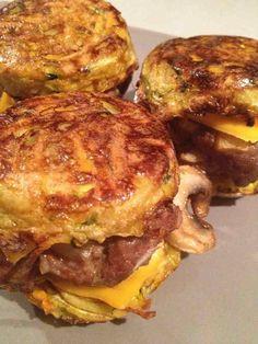 Imprimer cette recette  J'adore les hamburgers … Après le hamburger de pomme de terre, le hamburger pomme de terre, carottes et saumon frais, le hamburger légumes, boeuf et bacon, Voici le hamburger champêtre …  Ingrédients pour 1 personne ( 3 petits hamburgers) 7 propoints par personne ( weight watchers) 9 Smartpoints par personne … Voir la recette →