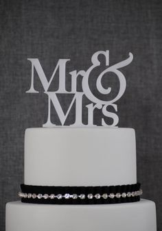 Wedding Cake Topper Mr and Mrs Cake Topper by by ChicagoFactory