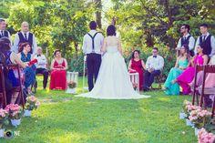 Conheça mais essa linda história de casamento real feito à mão, com a ajuda dos amigos, com muita fé e ajuda de Deus. O casório da Ana e do Carlos!