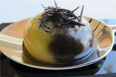 Huevo cocinado a la inversa. www.azurmendi.biz