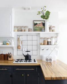 A Beautiful Mess Kitchen | Remodelista