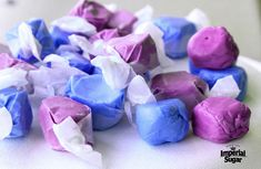 Have some old-fashioned sticky fun with Homemade Saltwater Taffy. Get the whole family involved with pulling the taffy and make some memories in the process. Homeade Desserts, Homemade Candies, Christmas Goodies, Christmas Candy, Christmas Crack, Christmas Sweets, Christmas Baking, Christmas Recipes, Homemade Taffy