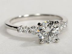 Graduated Side Stone Diamond Engagement Ring in White Gold ct.) Graduated Side Stone Diamond Engagement Ring in White Gold ct. Ring Set, Ring Verlobung, Pretty Rings, Beautiful Rings, Simply Beautiful, Absolutely Stunning, Platinum Engagement Rings, Solitaire Engagement, Diamond Engagement Rings