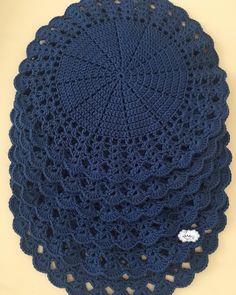1 million+ Stunning Free Images to Use Anywhere Crochet Placemats, Crochet Table Runner, Crochet Doily Patterns, Crochet Quilt, Crochet Mandala, Crochet Home, Crochet Motif, Crochet Crafts, Crochet Doilies