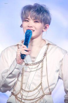 Woozi from Seventeen Jeonghan, Wonwoo, Seventeen Woozi, Seventeen Debut, Vernon, Kpop, Love Of My Live, Hip Hop, Boo Seungkwan