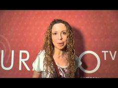 Las autoras de Titania explican su Sant Jordi 2016 - YouTube Youtube, Author, Youtubers, Youtube Movies