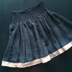 Dusty navy skirt with soft pink hem Excellent condition, only worn a few times. Is a dusty blue color with a soft pink hem. Very easy to wear casual, or dress up. Material is polyester but looks similar to chiffon. Forever 21 Skirts Mini