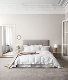 If you are living in your own house or a rental place, you can vary your interior design choice to transform your living quarters into a home. Those with a budget can use affordable interior design products in order to spruce up one room or revamp an. Cute Home Decor, Cheap Home Decor, Zen Home Decor, Dream Bedroom, Home Decor Bedroom, White Wall Bedroom, Serene Bedroom, Bed Linen Design, Suites
