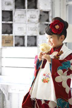 Studio Noble.M(スタジオ ノーブレム) Japanese Kimono Dress, Japanese Costume, Asian Love, Asian Kids, Precious Children, Beautiful Children, Japanese Outfits, Japanese Fashion, Geisha Japan