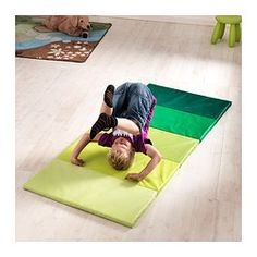 IKEA - PLUFSIG, Folding gym mat, green, Jumping and somersaulting helps to develop a child's motor skills and coordination. Baby Play, Baby Kids, Ikea Shopping, Gym Mats, Play Spaces, Modern Kids, Kids Playing, Kids Bedroom, Playroom