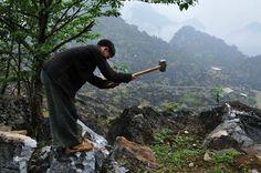 extraction du minerai de fer au Vietnam