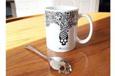 Cucharilla para el azúcar con forma de calavera