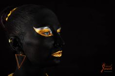"mein beitrag zum ""Go Gold For Childrens Cancer Month"" mehr infos unter https://www.facebook.com/events/1403190113344140/  model: raphaela artist: natascha zenig foto: daniel janesch photography"