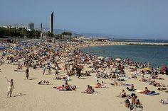 Estudiar español con International House Barcelona: http://www.ihes.com/bcn/spanish/index.html