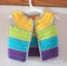 Cap Sleeve Cardigan Crochet Pattern - Repeat Crafter Me Gilet Crochet, Crochet Cardigan Pattern, Crochet Jacket, Knit Crochet, Free Crochet, Crochet Baby Sweaters, Crochet Baby Clothes, Baby Knitting, Baby Cardigan