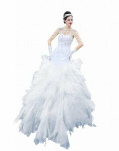 Passat Women's Custom Plus Size Wedding Dress This evening gown features a strapless sweetheart neckline with crystal embellishment along bust line. Dressy Dresses, Dresses For Teens, Elegant Dresses, Plus Size Dresses, Nice Dresses, Short Sleeve Dresses, Dresses With Sleeves, Custom Wedding Dress, Wedding Dress Sizes