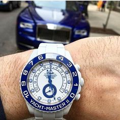 #supercarsunday a shot from our dealer and friend @byoungco of a 1/1 unique piece #bamfordwatchdepartment all white GPC (graphite particle coating) #yachtmaster2 with blue and white dial and a blue #ceramicbezel in front of a #rollsroycedawn