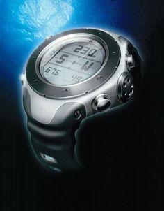 Urheilukello, Design: Eljas Perheentupa (2002), Suunto Oy #kellot #urheilukellot #suunto #suomalainenmuotoilu #finnishdesign #industirialdesign #teollinenmuotoilu #watches #sportswatches