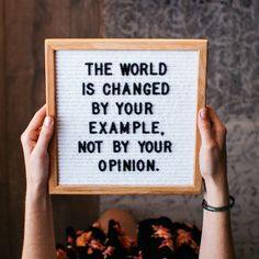 Best Positive Memes and Positive Vibes - Positive Quotes Collection. We need positive vibes all around us to hit back the negative thoughts. Great Quotes, Quotes To Live By, Me Quotes, Motivational Quotes, Inspirational Quotes, Change Quotes, Quotes Quotes, Felt Letter Board, Felt Letters