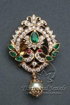 Look at these diamond pendant necklaces . Gold Earrings Designs, Gold Jewellery Design, Gold Jewelry, Jewelery, Gold Necklaces, Jewelry Designer, Gold Pendent, Diamond Pendant, Art Nouveau