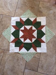 Another creation by Elizabeth in lovely colours. All Craft, Dressmaking, Colours, Quilts, Blanket, Holiday Decor, Fabric, Crafts, Home Decor