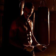 Branding, Photoshoot & Webdevelopment for the uprising mens underwear onlineshop www.Boxerman.de #boxerman #adrianschaetz #craigleroux #boxwerk #idco www.idco.de