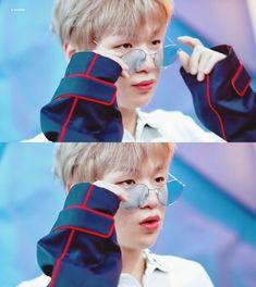❝Daniel is the same as his girlfriend❞ kim sejeong×kαng dαniе… # Fiksi penggemar # amreading # books # wattpad Kim Sejeong, Daniel K, Produce 101 Season 2, Kim Jaehwan, 2 Boys, Ha Sungwoon, Love At First Sight, Read News, Kpop Boy