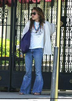 Mary kate Olsen in Boho stage :)