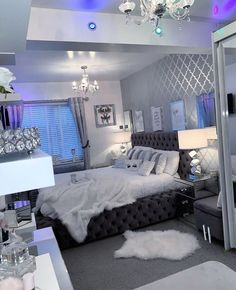 Gold Bedroom Decor, Bedroom Decor For Teen Girls, Room Design Bedroom, Girl Bedroom Designs, Room Ideas Bedroom, Bedroom Wall, Bedroom Quotes, Diy Bedroom, Jungle Bedroom