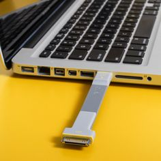 #USB Ready Clip For #Apple #ipad or #iphone #gadget