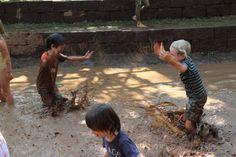 Masayuki Oka さんのインドネシアへの旅のコレクション(旅行記)「グリーンスクールのMud Pit (泥んこプール)」