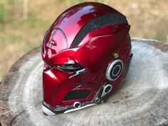 What do you guys think? Badass Motorcycle Helmets, Custom Motorcycle Helmets, Custom Helmets, Helmet Armor, Suit Of Armor, Dc Comics, Helmet Design, Mask Design, Airsoft Girls
