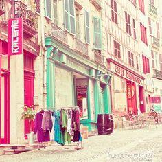 colored storefronts, Paris