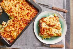 Spenótos rakott krumpli Lasagna, Macaroni And Cheese, Spinach, Meal Prep, Bacon, Pizza, Potatoes, Lunch, Meals