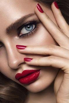 Beauty Makeup Photography, Face Photography, Perfect Red Lips, Beauty Shoot, Hair Beauty, Model Face, Beauty Portrait, Beautiful Lips, Pretty Eyes