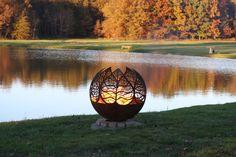 Autumn Sunset Fire Pit - Leaf Firepit Sphere door TheFirePitGallery op Etsy https://www.etsy.com/nl/listing/233828673/autumn-sunset-fire-pit-leaf-firepit