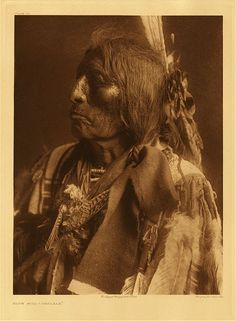 Slow Bull - Oglala,1907. Edward Sheriff Curtis Photography.