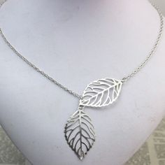 Elegant & Luxurious Double Leaf Necklace Pendant Brand New & Comes Packaged! Perfect for all events, occasions and even as gifts! ALL ORDERS ARE SHIPPED THE SAME DAY -Length: 50cm Jewelry Necklaces