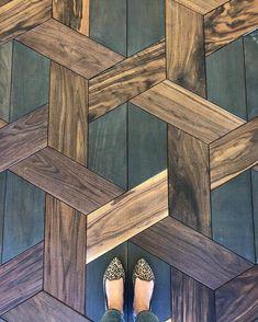 Coffee table idea? #outdoorwood Wood Floor Stairs, Wood Tile Floors, Dark Wood Floors, Kitchen Flooring, Kitchen Wood, Kitchen Tiles, Kitchen Designs, Diy Kitchen, Stairs Kitchen