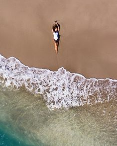 drone beach photography People Drone Photography : People Drone Photography : Merbabe vibes x Alex Lettrich typalmerphotography Gopro Drone, New Drone, Aerial Drone, Drone Quadcopter, Drone Diy, Photography Beach, Aerial Photography, Nature Photography, Photography Jobs