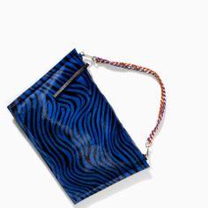Unique print and design - ZARA - WOMAN - PRINTED LEATHER MESSENGER BAG