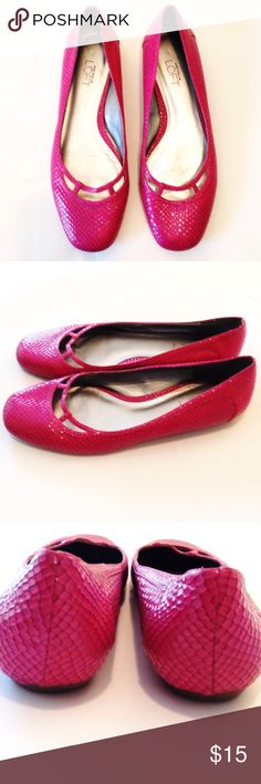 Hot Pink Ann Taylor Loft Flats Stylishly comfortable!  Small tear on back. Isn't visible unless the shoe is turned upside down.  Otherwise, shoes are in good condition. Ann Taylor Loft Shoes Flats & Loafers