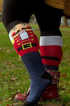 The nutcracker is a huge part of the winter season and your feet can be fantastically festive in these striking socks. Tacky Christmas, Christmas Sweaters, Christmas Stuff, Cute Socks, My Socks, Nutcracker Costumes, Running Costumes, Winter Socks, Nutcrackers