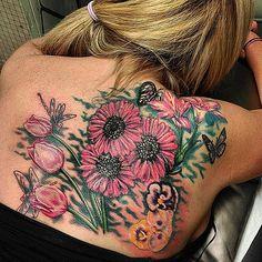 Gorgeous Garden // Flower Tattoo Ideas That Are So Much Better Than a Bouquet